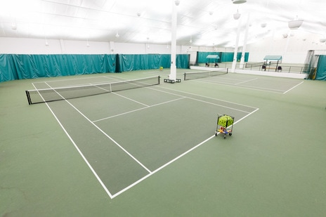 Tennis courts at Fairfax Racquet Club